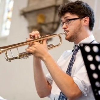 Simon Burrowes is a piano and trumpet teacher based in Belfast, Northern Ireland.